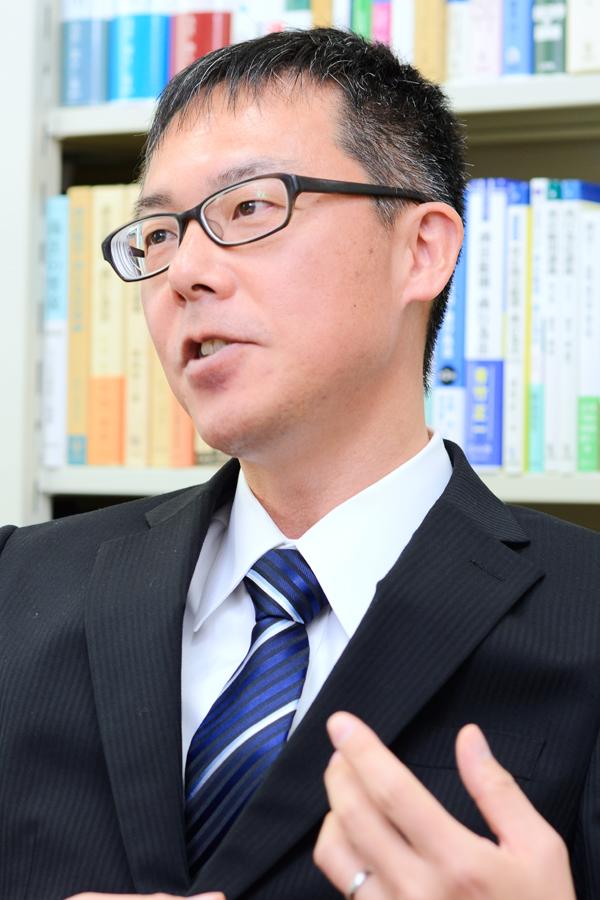 Taro SAKAI(Dean of Graduate School)