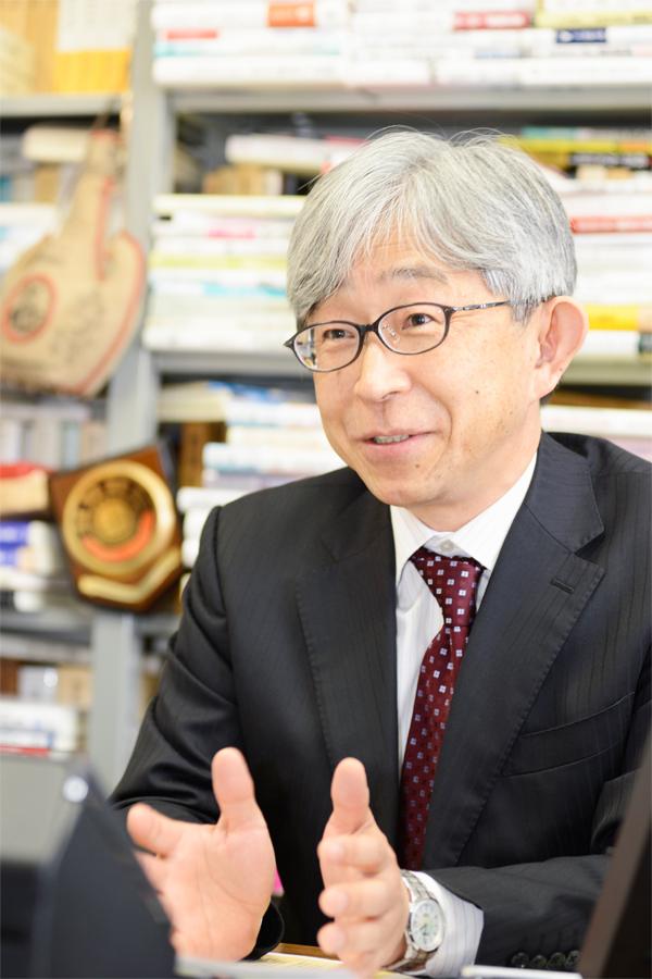 一橋大学大学院法学研究科長・法学部長 只野雅人